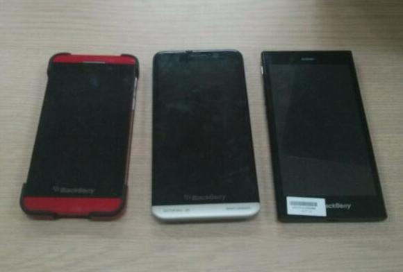 140405-blackberry-z3-z10-z30-comparison-malaysia