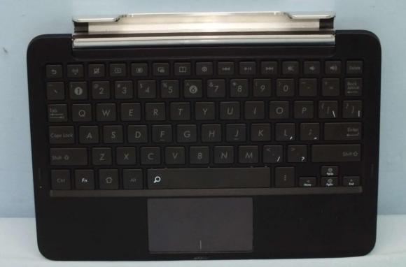 140506-asus-keyboard-dock-padfone-3