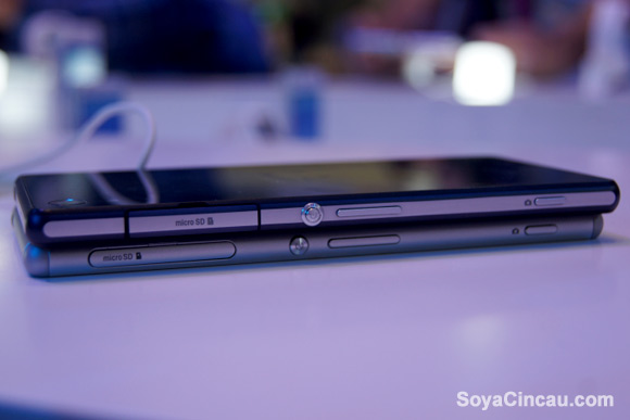 purple sony xperia z2 hands on comparison sony xperia z3 versus xperia z2 and xperia z1