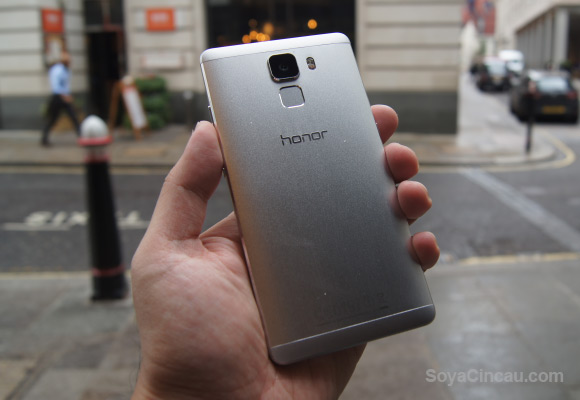 150828-honor-7-malaysia-first-impressions-hands-on-03
