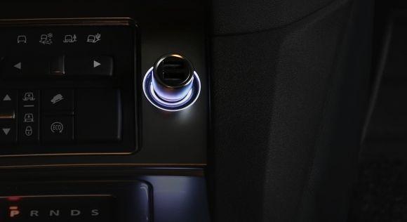 160401-mi-car-charger-USB-malaysia-02