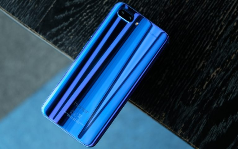 honor 10: Affordable never looked this pretty
