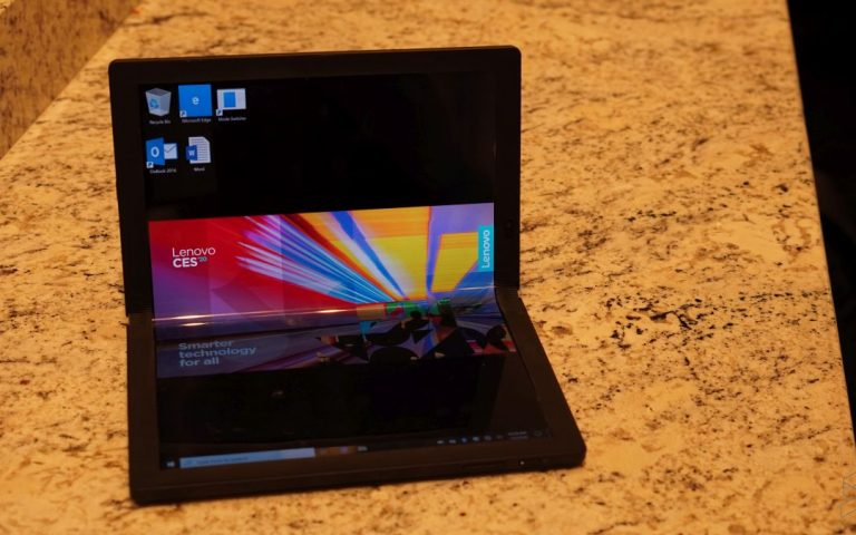 ThinkPad X1 Fold: How is a folding laptop different from a folding phone?